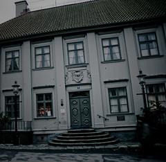 Jagad av en namnlös skräck (gothicburg) Tags: door windows house stairs dark blurry gloomy paranormal hellfire stigbergstorget7