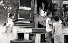 A thousand words. (Leon B. Dista) Tags: poverty streets philippines manila bata pilipinas socialdocumentary quiapo kabataan kalsada kalye kahirapan