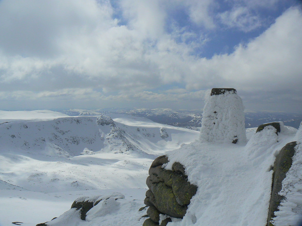 Trig Point, Cac Carn Beag
