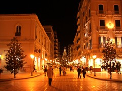 Italy - Taranto - Christmas lights (Max IK7TOE) Tags: christmas italy lights highfive puglia amateurs 2007 taranto supershot abeauty amateurshighfive invitedphotosonly piazzeitaliane ik7toe thegoldproject