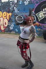 Ghetto queen (glamrrrpunx) Tags: girls me rock out punk grafiti lol suicide tights skirt queen ghetto blaster