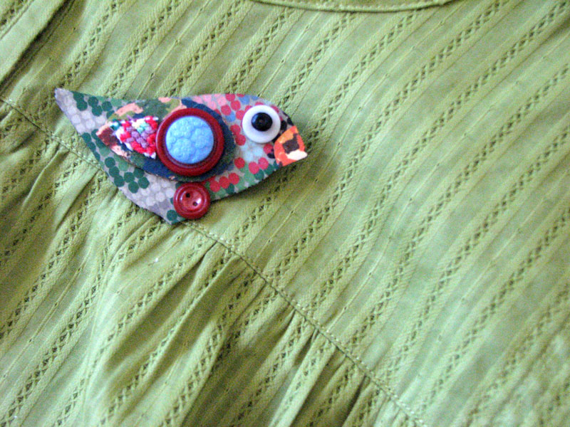 Suzi Sparrow brooch