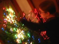 Apryl puts on lights
