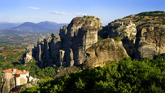 Meteora (II) (MarcelGermain) Tags: travel sky mountain mountains building rock architecture clouds buildings landscape geotagged religious nikon europe horizon religion landmark unesco greece monastery geology pinnacles worldheritage meteora skyclouds monestir monasteries  grcia thessaly  d80 marcelgermain twtmesh050818