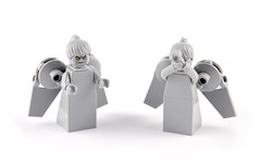 Doctor Who  Blink  The Weeping Angels (Xenomurphy) Tags: lego who angels doctorwho blink weeping moffat tennant agyeman