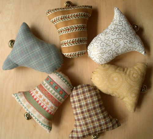 BeLLs por PatchworkPottery.
