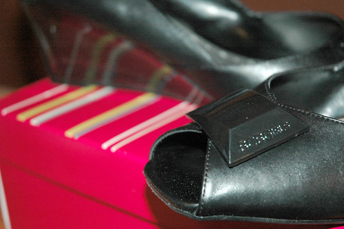 party-shoes-detail