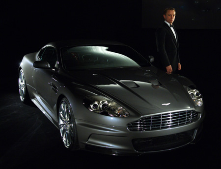 Bond Astin-Martin.jpg