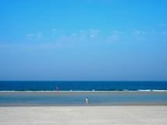 Zwei Nackedeis (LePlusQueLent) Tags: sea beach strand naked nude meer nudes nu northsea baden nordsee plage fkk schleswigholstein naturisme amrum nordfriesland nudisme kniepsand freikrperkultur naturismus nacktbaden nordfriesischeinseln