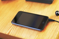 iPod Touch (greycreations) Tags: music apple macintosh video mac mp3 videos youtube canoneos400d ipodtouch