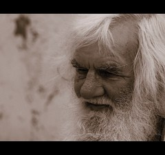 Sadness and Smiles (100 Strangers - 2) (Confused-Hair) Tags: old homeless stranger alcoholic wrinkles gentleman whitebeard 100strangers confusedhair spiritofphotography sadnessandsmiles