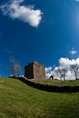 Balvaird Castle (Rosie Reid) Tags: castle scotland perthshire historicscotland balvaird