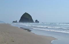 CANNON BEACH (mirellapardi) Tags: beach sea cannonbeach wind oregon usa ocean sand cost