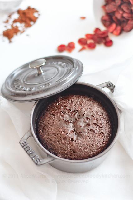 Tortine al cioccolato, tahina e pepe di Cayenna