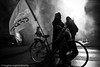 (Hughes Léglise-Bataille) Tags: paris france topf25 bike backlight flag smoke protest photojournalism demonstration velo retirement manif manifestation 2007 cfdt retraite spéciaux régimes