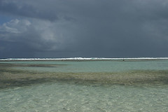 Ciel de plomb (Christophe Hamieau) Tags: ocean sea mer island ile guadeloupe antilles carabes ocan frenchwestindies lesguadeloupe