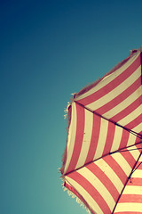 Don't you miss Summer? (AndreaUPl) Tags: blue red summer sky umbrella estate cielo striped ombrellone andreaupl
