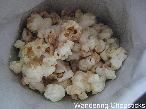 Peanut Butter and White Chocolate DrizzleCorn 2