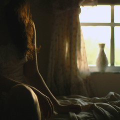 (Valeria Heine) Tags: light sunlight me window girl hair square bed warm room sheets vase valeria valeriah valeriaheine