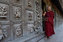 30099867 (wolfgangkaehler) Tags: 2017 asia asian southeastasia myanmar burma burmese mandalay mandalayhill shwenandawmonastery goldenpalacemonastery buddhist buddhistart buddhistartwork buddhistmonasteries buddhistmonastery buddhisttemple buddhisttemples teakwood teak woodenarchitecture woodencarving people person posing buddhistmonk man