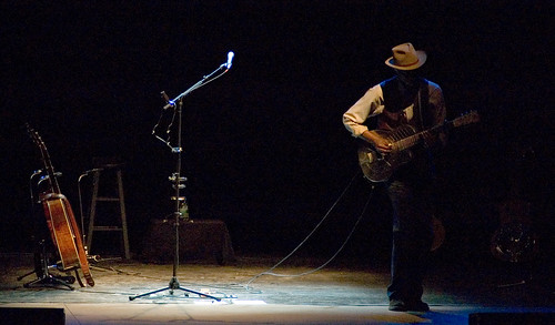 Keb Mo @ Morristown Community Theater