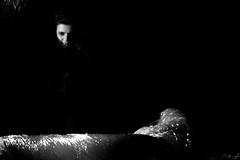 _fallen down (_yh) Tags: blackandwhite bw blancoynegro girl dark dead chica fear bn s3 miedo yh muerto oscura fotoseando nyhx