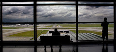 (faizzaini) Tags: family silhouette plane airplane parents airport terminal haji klia umrah hajj