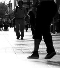 chris angel / breakdance (Felipe Smides) Tags: chile road street city travel blackandwhite art blancoynegro photoshop calle arte ciudad s caminos viajes breakdance felipe rancagua artisticexpression mywinners abigfave chrisangel aplusphoto beatifulcapture artlegacy smides fotografiasmides funfanphotos felipesmides