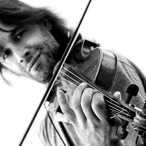 El violinista de la carrera