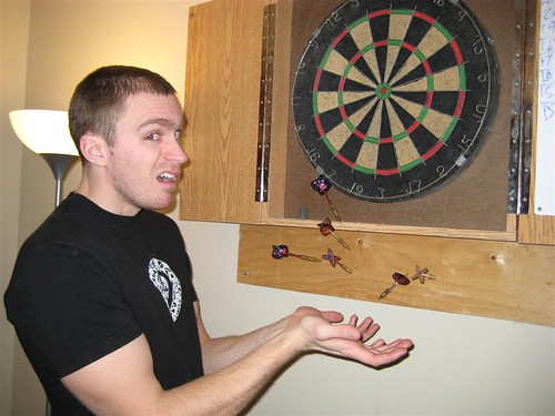 Dart throw