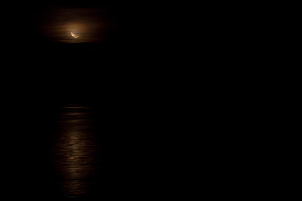 Otro factor importante para la astrofotografía es una noche sin luna para poder realizar las mejores tomas. Mientras esperabamos que la luna dejase el firmamento pudimos capturar esta toma. (Tetsu Espósito - Zanjita, Paraguay)
