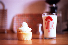 every good day should start off with milk and a cupcake (Mathias*) Tags: film iso200 milk awesome cupcake vista agfa praktica flickrgift myeverydaylife bx20s fromthekorean thecupcakewasgood