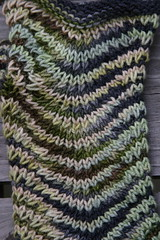 Color pattern on the mitts