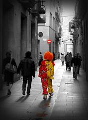 Payaso v.2.0 (SlapBcn) Tags: barcelona people cutout weird gente payaso gent v20 sociedad barrigotic raro robado cadalococonsutema canong7 platinumphoto elgrisesaburrido goldstaraward slapbcn greyisbored