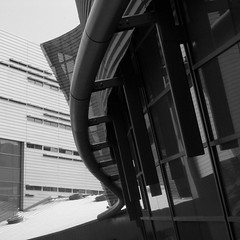 morphosis (fusion-of-horizons) Tags: architecture campus de photography photo university fotografie photos cincinnati architect thom uc mayne morphosis arhitectura arhitect arhitectur universityofcincinnatirecreationcenter