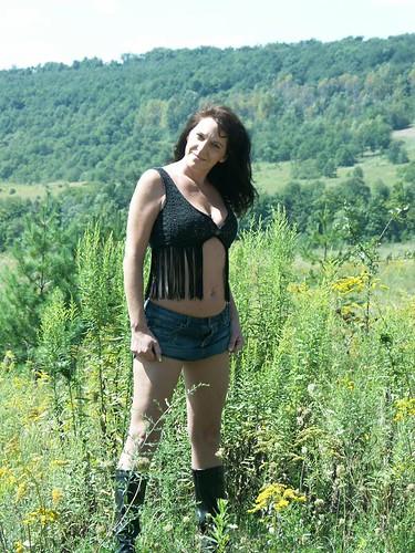 : america, legs, countryside, lady, girl, nicefigure