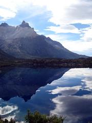 Los Cuernos4 (Day 2) (Minkum) Tags: chile patagonia mountains landscape paisaje paisagem andes torresdelpaine region reflexions montanhas montañas magallanes naturesfinest blueribbonwinner loscuernos 5photosaday diamondclassphotographer ysplix theunforgettablepictures wildsanctuary goldstaraward tup2