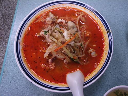 面對麵小館:辣味炒碼湯麵
