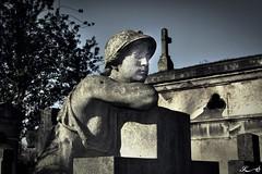 Père Lachaise_2702 (Sleeping Spirit) Tags: cimetière pèrelachaise cemetary cemetaries