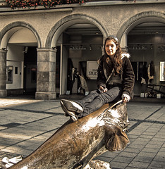 The Beauty And The Beast (gatowlion) Tags: fish girl museum photoshop germany munich bayern bavaria model fisch modell muenchen toning lucis bildbearbeitung jagt fischerei fakelucis
