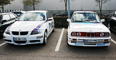 BMW E90 320si & E30 M3 (zahn-i) Tags: auto red white 3 rot cars car race power si 4 engine m ii coche cylinder johnny bmw series motor division m3 dtm weis weiss touring 1990 e30 evo beemer motorsport farben 320 intake alpin warsteiner koni bimmer 3er pirelli e90 zylinder wtcc   lackiert   gmbh tourenwagen cecotto ansaugung viertrer domstrebe