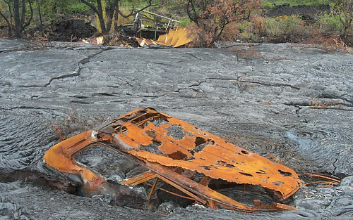 1909757775 818e0d453d Danger and Beauty of Hawaiian Volcanoes
