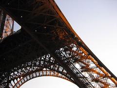 La Tour Eiffel at sunset. (chasing_travel) Tags: paris france latoureiffel
