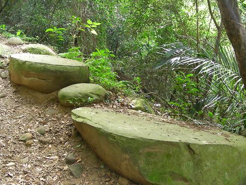 Fei Feng Mountain rocks