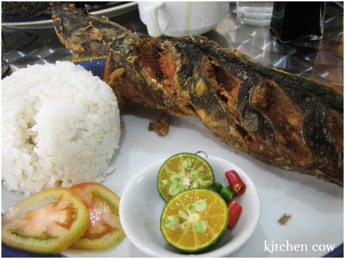 Crispy Catfish from Panciteria Mañosa