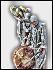 Folklore (khuasi) Tags: bravo folklore marrakech ritmo percusin msicos raz 10faves platinumphoto aplusphoto goldenphotographer diamondclassphotographer betterthangood life~asiseeit