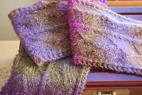 Choke - Dragon Skin Scarf Free Knitting Pattern from the Scarves Free Knittin...