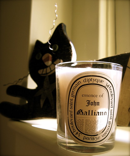 April Autumn nostalgia courtesy of diptyque: essence of John Galliano