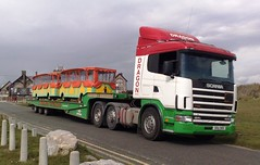 Dragon Rescue Low Loadering (JAMES2039) Tags: road rescue train truck dragon low breakdown loader heavy tow towtruck recovery scania porthcawl landoll 124l heavyrecovery dra989