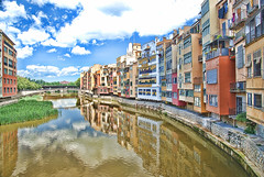 Girona de Colors / Onyar River Reflections.- (ancama_99(toni)) Tags: pictures city blue sky urban espaa color building primavera water colors rio architecture clouds buildings reflections river geotagged photography photo spain arquitectura edificios agua nikon espanha europa europe cityscape foto photos antique edificio may picture cityscapes photographic catalonia girona ciudades cielo fotos architektur mayo catalunya fotografia nikkor reflexions espagne catalua catalan spanien spagna gerona pasoscatalans urbanas citys urbanscapes riu flors fotografas maig d60 catalogne onyar tempsdeflors 2011 10favs 10faves nikond60 holidaysvacanzeurlaub ancama99 saariysqualitypictures mygearandme